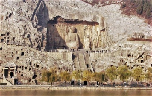longmen-grottoes-EDIT1.jpg